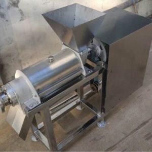 Машина для выжимки сока из овощей и фруктов Vega J 200